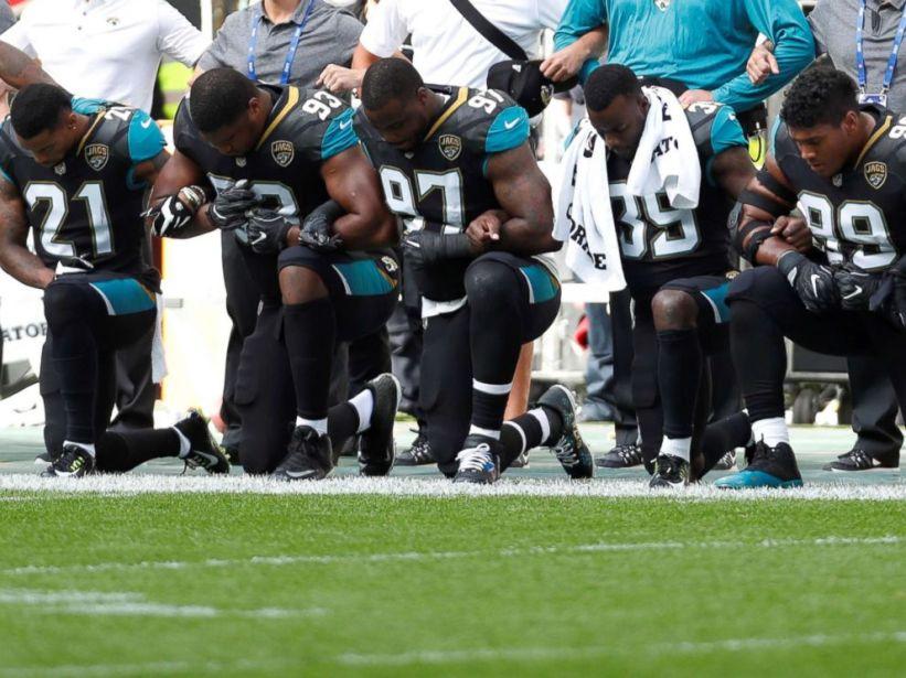 jacksonville-jaguars-kneeling-protest-2-rt-jt-170924_4x3_992